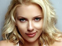 scarlett johansson with full lips