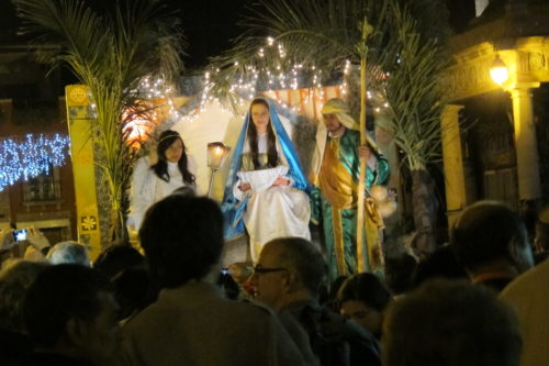 posada procession christmas eve 2013 san miguel de allende. photo by bf newhall