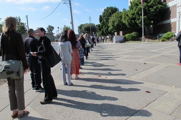 A long line of people waiting to enter the Superior Court of California, County of Alameda, Hayward Hall of Justice, 24405 Amador Street, Hayward, CA. Photo by BF Newhall