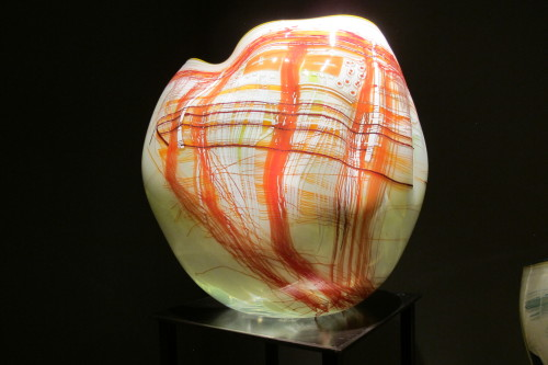 Red and cream Glass bowl by Dale Chihuly from his early Basket series. Photo by Barbara Newhall