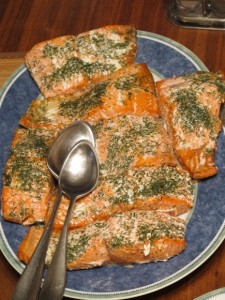 The politics of housework. A baked salmon dinnerdish produced by a liberated husband.  Photo by Barbara Newhall