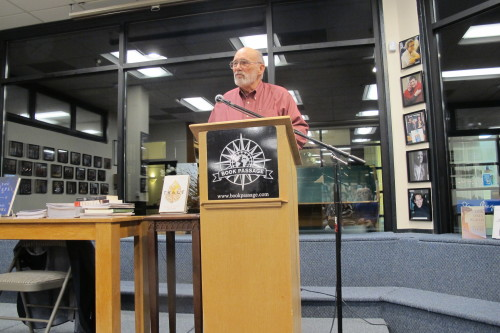 Jack Shoemaker of Counterpoint Press spoke at the Oct. 5 meeting of Left Coast Writers.
